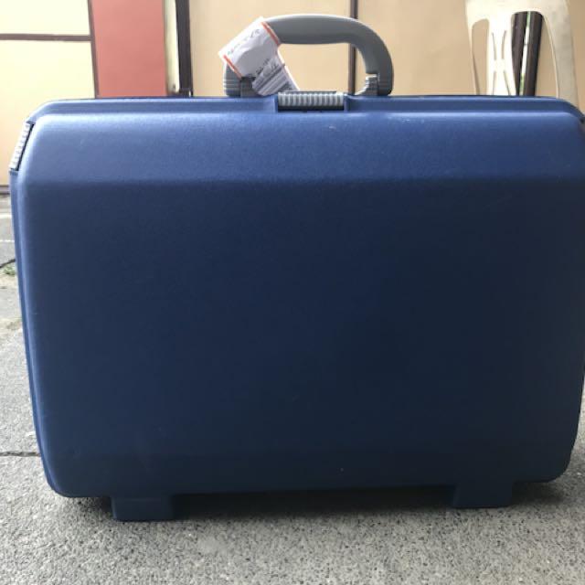 Samsonite Hand Carry Luggage