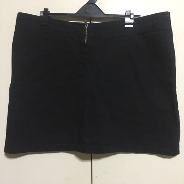 SM Woman Black Denim Skirt L