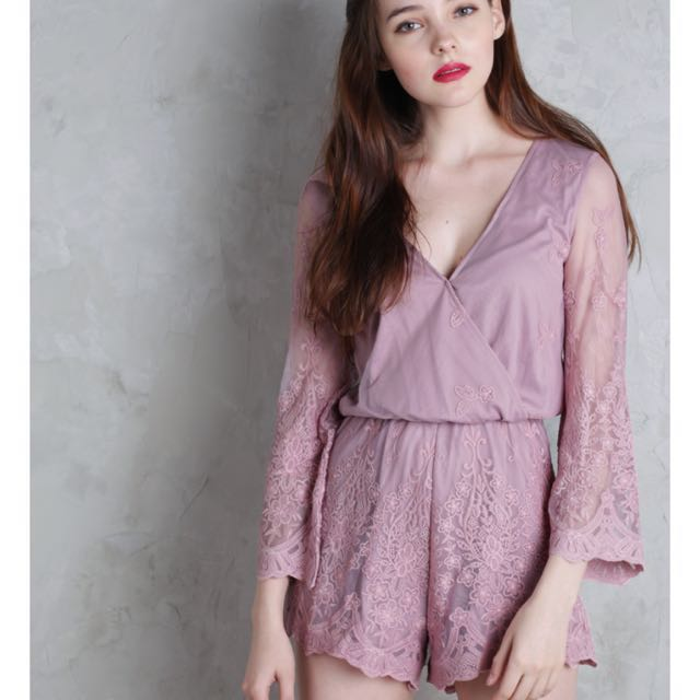 41d8d2f8817 The Tinsel Rack Amora Lace Romper Mauve Pink