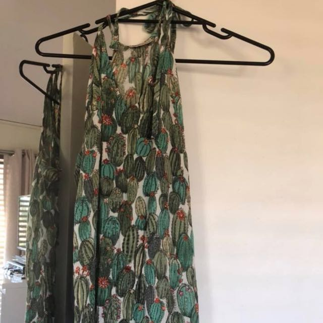 7436afdb3c TREE OF LIFE cactus maxi dress, Women's Fashion, Clothes on Carousell