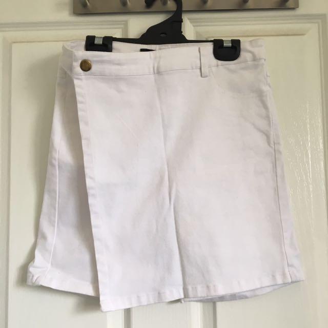 Vintage white skort