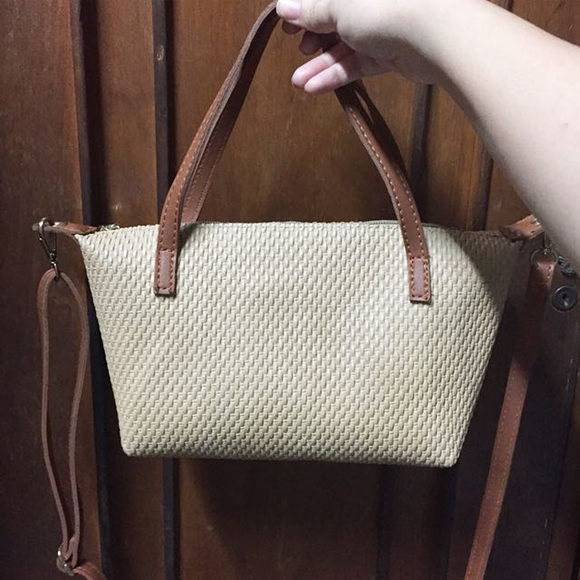Weaves style bag