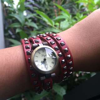 Jam tangan lilit