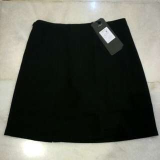 [REDUCED PRICE!!] Black Skirt (with safety pants lining!) #CNY88