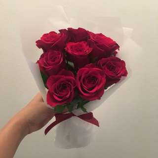 FLASH SALE - 9 rose bouquet