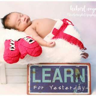 Newborn photography services