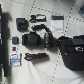Canon EOS 1300D with freebies worth 3k