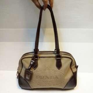 Tas Prada Authentic Shoulder Bag