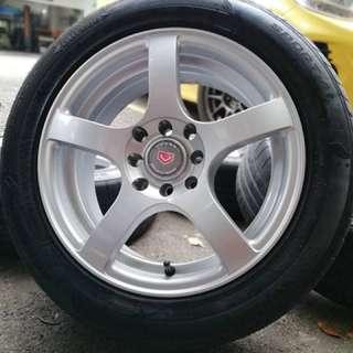 Vossen cv3 15 inch sports rim saga flx tyre 70%. Pakai baju kotak kotak, boss ini rim confirm wife you memintak!!!
