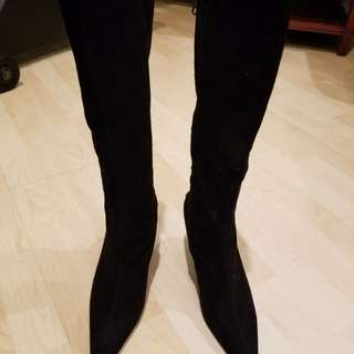 Tall below the knee faux suede boots