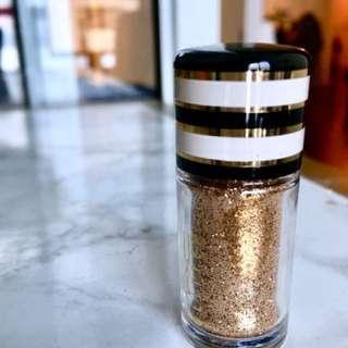 MAC Glitter ⭐️ Gold