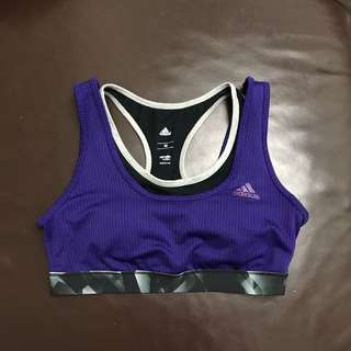 Adidas 紫色撞黑色 sport bra m size