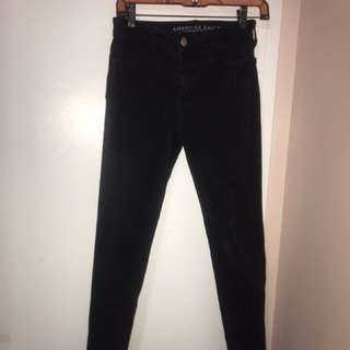 High wasted black jeans
