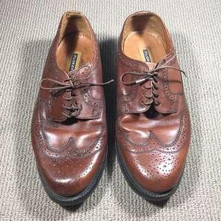 Sepatu Florsheim