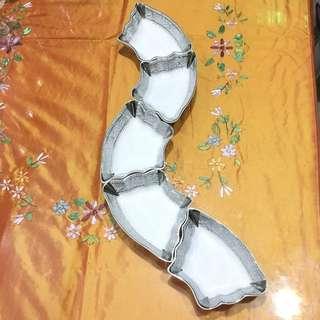 Ceramic decorative saucer