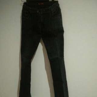 Celana jeans hitam ❤