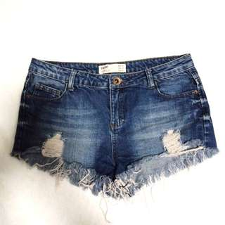 Cotton  on maong short