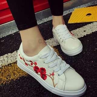 Sepatu kets wanita sneakers bunga bordir
