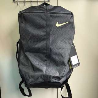 🚚 Nike 訓練後背包