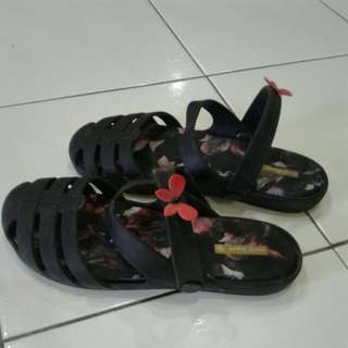 Authentic jelly bunny EUR40 sandal