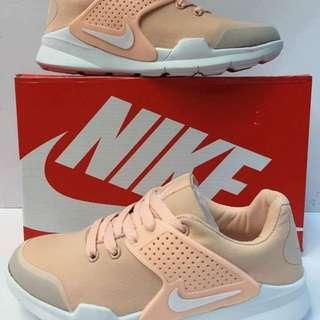 Nike shoes size : 36-40