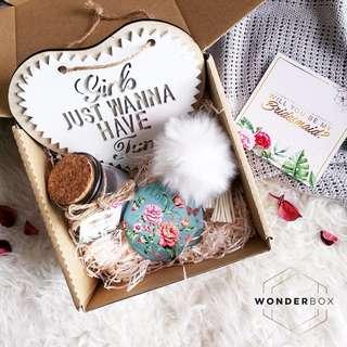 'Magically Mint' Gift Box Set