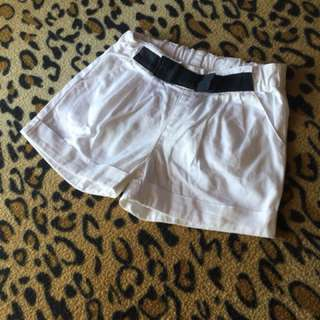 White Shorts Jim thompson