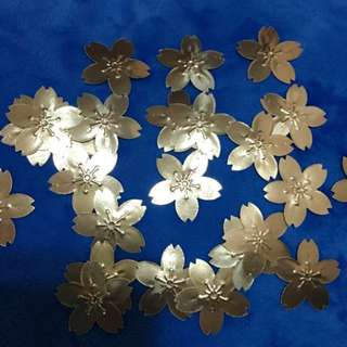 Sakura die-cut Gold Sticker