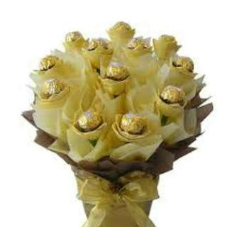 Ferrero gold bouquet valentine
