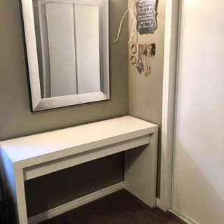 IKEA Malm Dressing table (white) with glass top