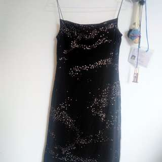 Simplicity Glowing Dress