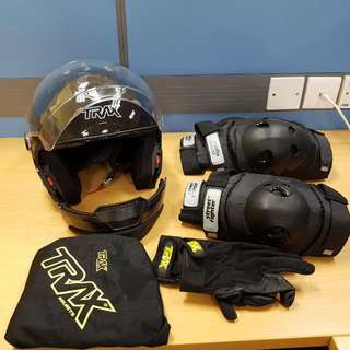 Full Set Helmet, Guards And Glove