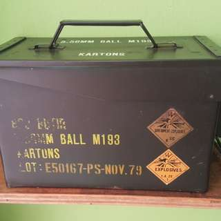 Indonesian Military Ammo Storage Metal Box 5.56MM Ball M193 - Nov 1979