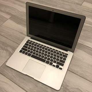 MacBook Air 13 吋 128GB
