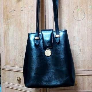 Authentic Guy Laroche Vintage Leather Handbag