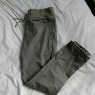 The hundreds Olive pants ( adjustable cuff )