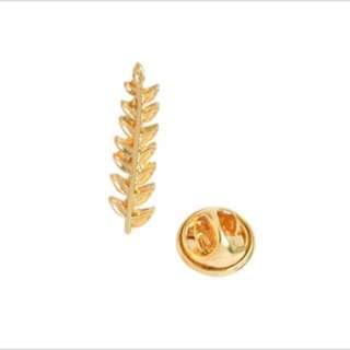 📌 INSTOCK golden leaf pin 📌