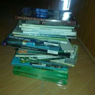 Selling my used textbooks for HRM Students