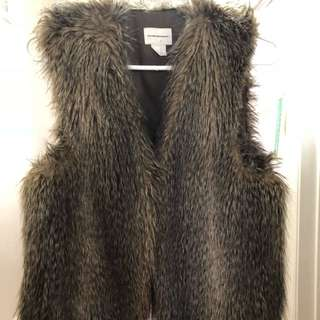 Club Monaco faux fur vest size small