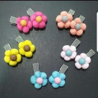 (Pair) Children Flower Hair Clips