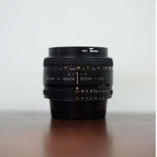 Nikon 50mm f/1.8 D