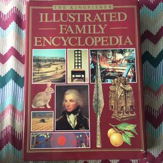 The Kingfisher: Illustrated Family Encylopedia