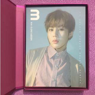 Wanna One NWY album with calendar card