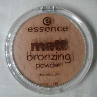 Essence Matt Bronzing Powder