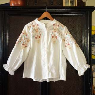White top with beautiful embroidery