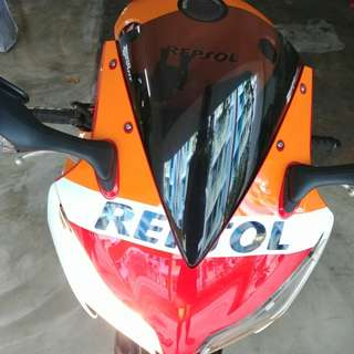 Zero Gravity Corsa Windshield installed on CBR1000RR