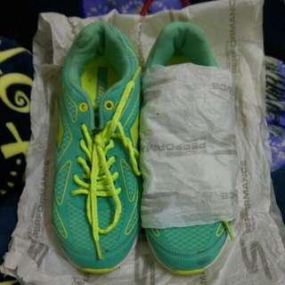 Skechers機能健走運動鞋