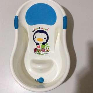 Baby Bath Tub (very clean), $3