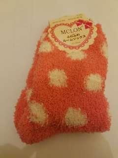 日本 mclon 毛毛襪 粉紅波點款