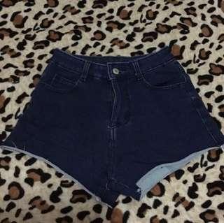 Like a highwaist shorts